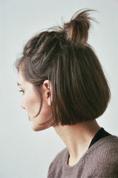 Messy Top Knot Short Hair Styles Hair Styles Short Hair Dos