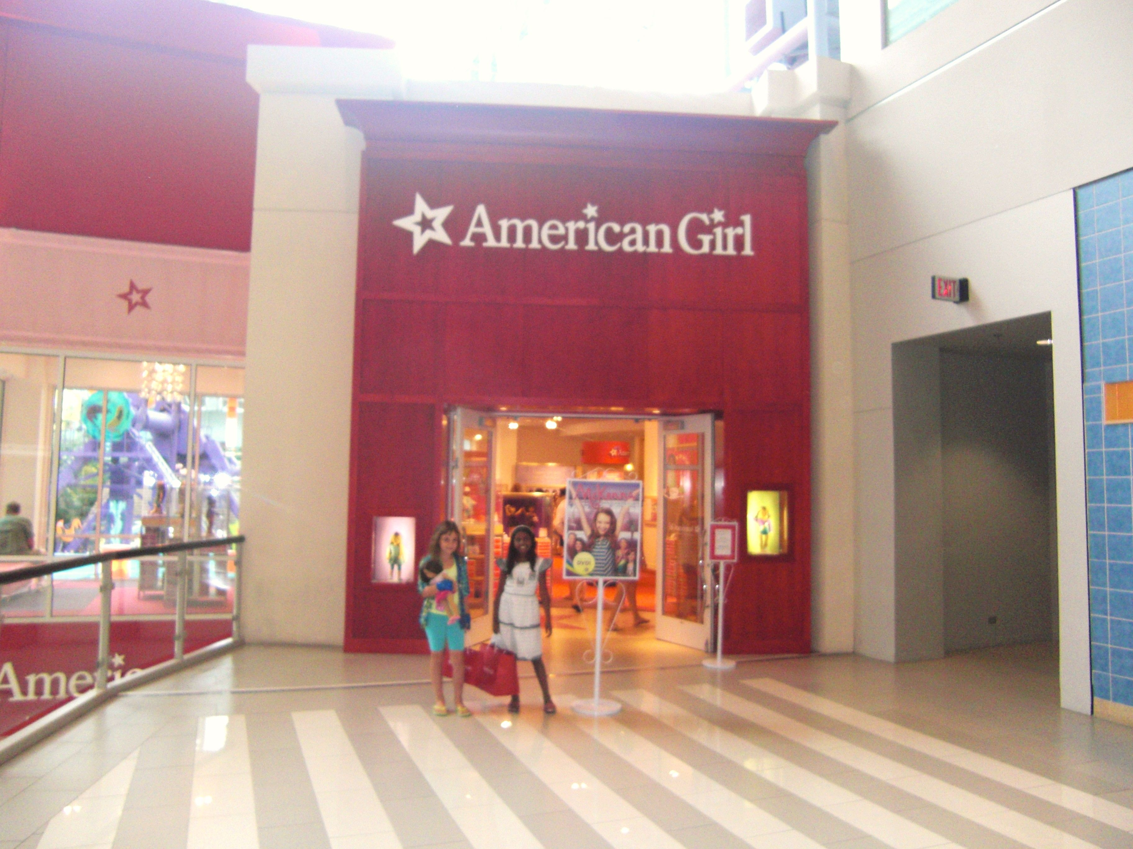 Mall Of America American Girl Store Lol Memories Used To Try On The Clothes To Match The Dolls American Girl Store Mall Of America All American Girl Dolls