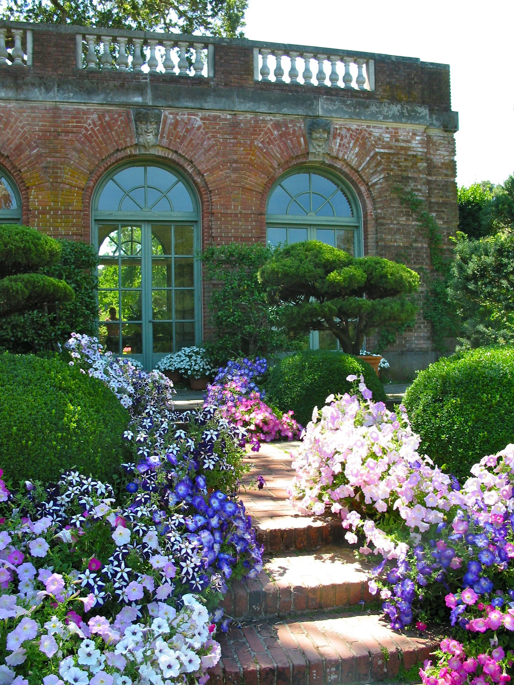 Summertime At The Garden House At Filoli Estate And Gardens In Woodside  California. Www.