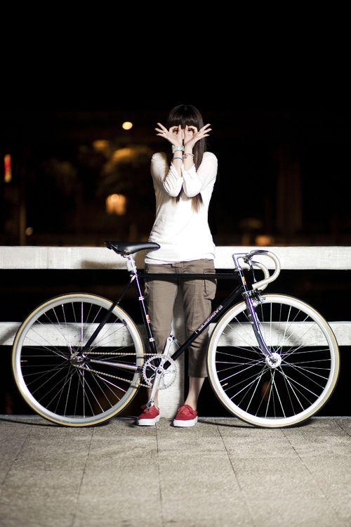 Fixed Gear Girl Taiwan ロードバイク ファッション 自転車
