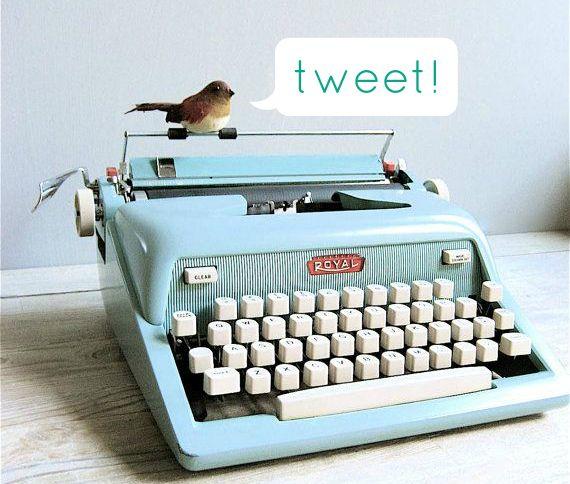 """Blog vs. Whitepaper: ¿tiene sentido escribir un proyecto fin de máster como el típico """"trabajo escrito"""" en los tiempos de Twitter? #blogging"""