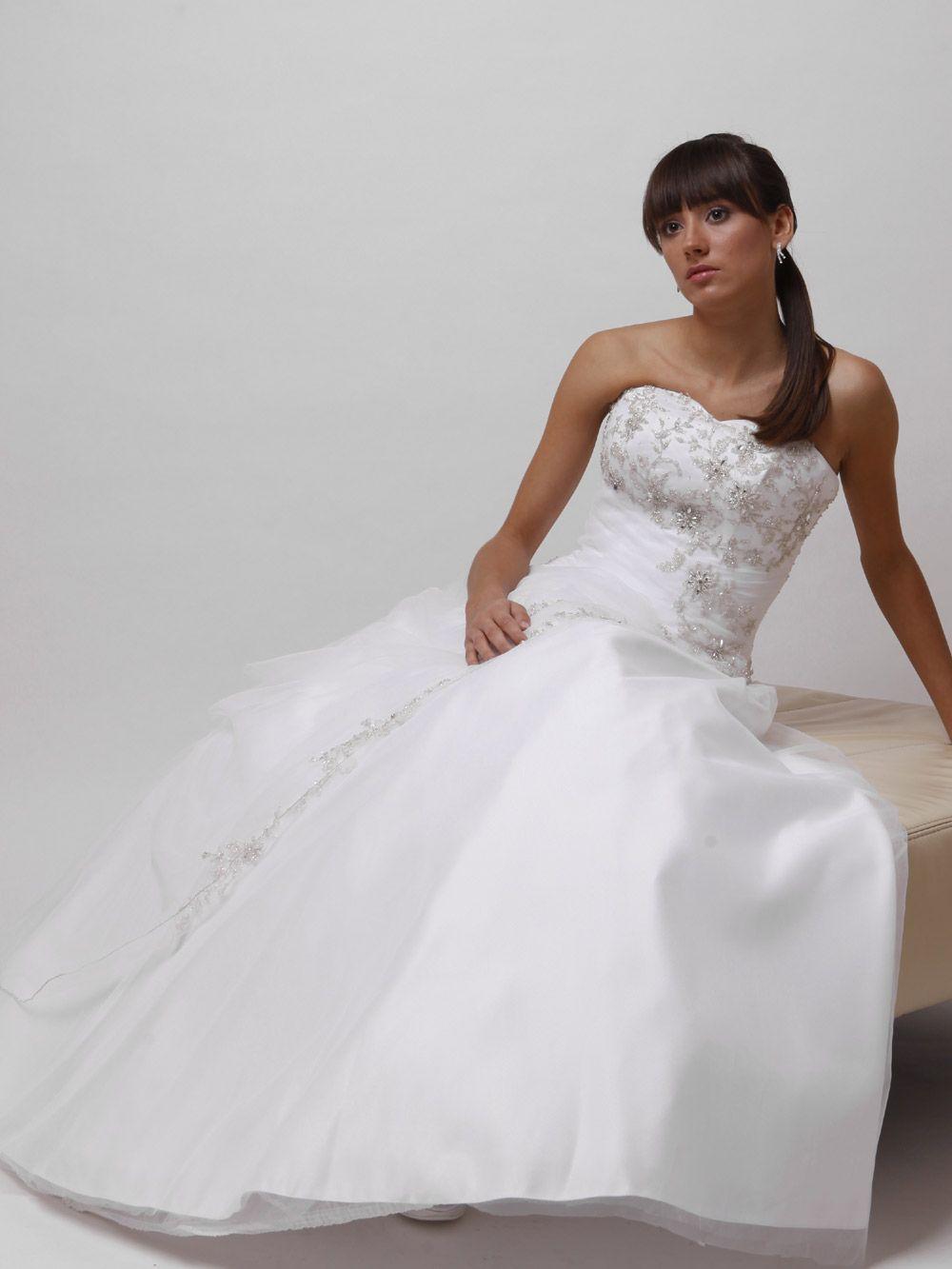 gitzerndes Hochzeitskleid | Brautkleider ausgefallen Couture Kleid ...