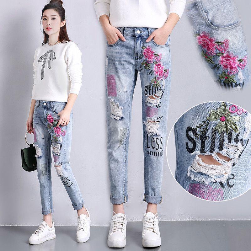 Джинсы с вышивкой мода 2017