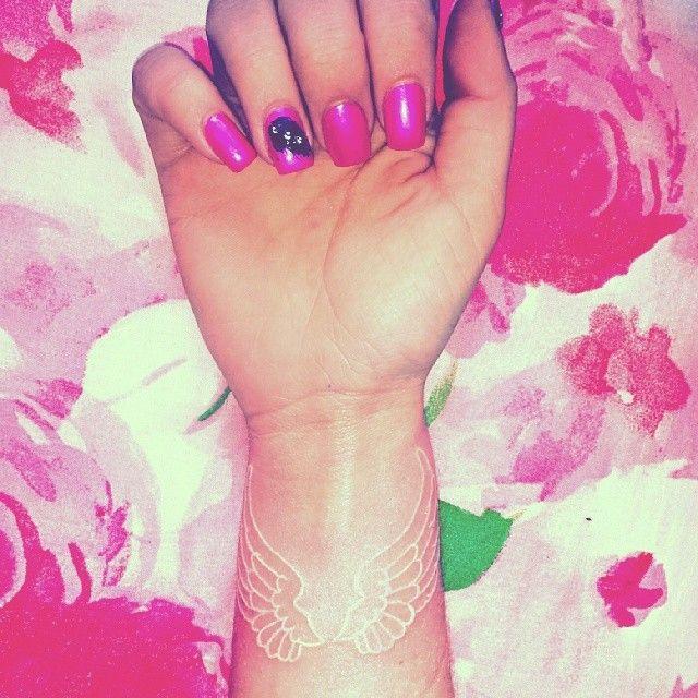 White Angel Wings Tattoos: White Ink Angel Wings Tattoo #Tattoo #whiteink #angelwings