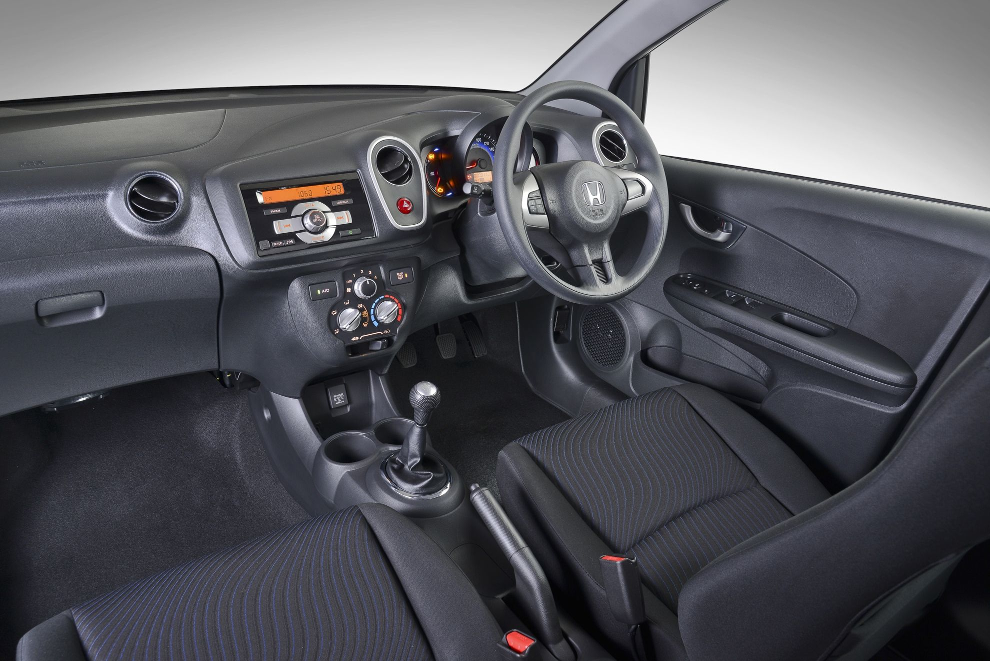 2015 Honda Mobilio Interior Wide Hd Wallpaper Reviews Price Spec And Pictures Hd Wallpaper Wallpaper Honda