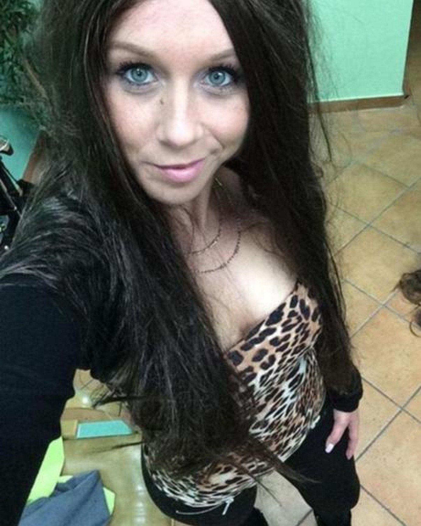 Berlin Tag Und Nacht Sexy Peggy Heute Mit Langen Braunen Haaren