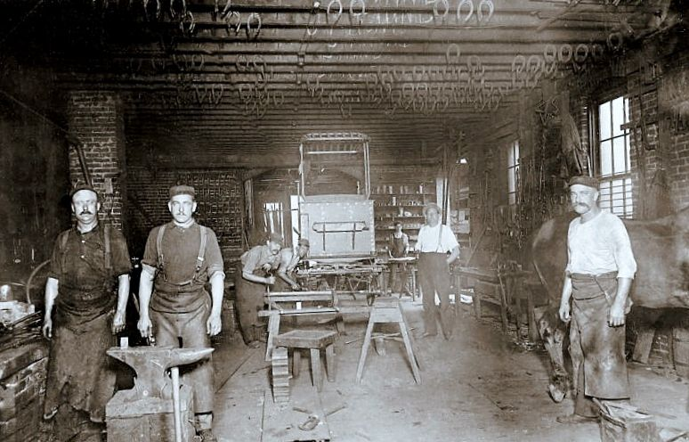 Blacksmith and Carriage shop, 1200 block West Main Street, Louisville, Ky., 1915