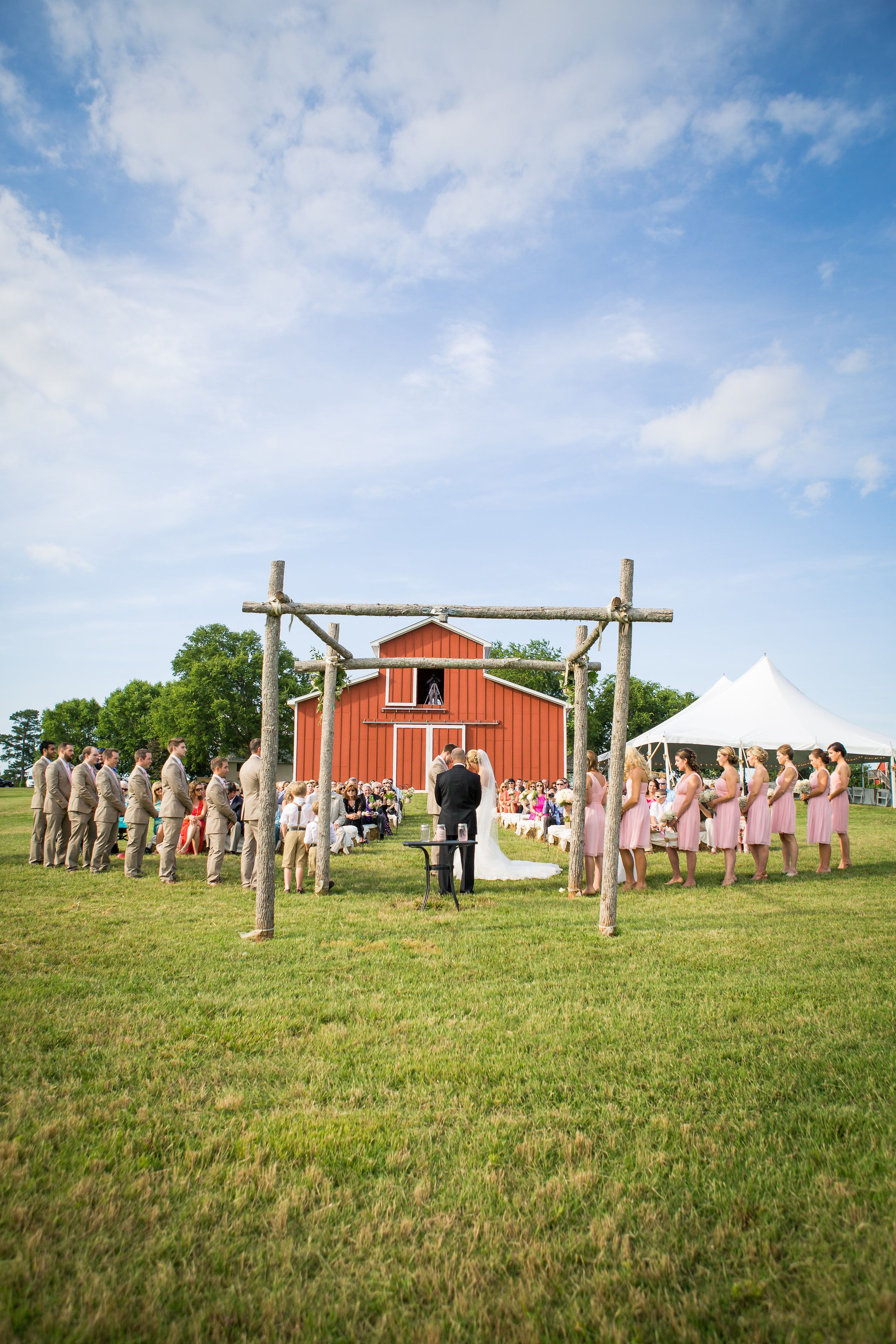Virginia Barn Wedding - Goochland VA Rustic Barn Wedding ...
