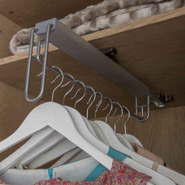 porte cintre acier form darwin 45 cm porte cintre castorama et portemanteaux. Black Bedroom Furniture Sets. Home Design Ideas