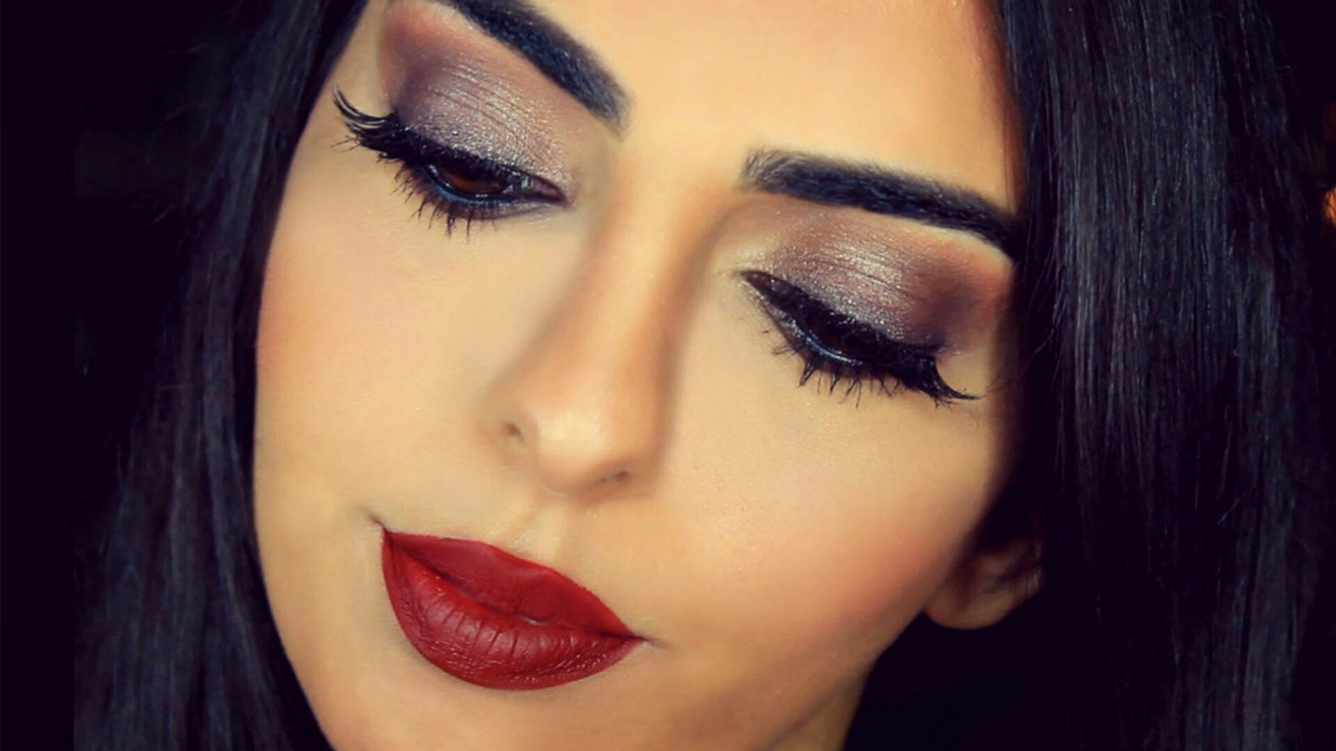 Pin by Umme aymen on Makeup (With images) Makeup lessons