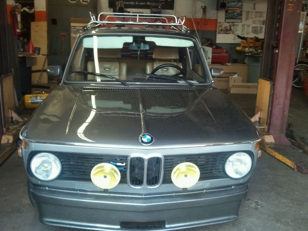 Pin By Rodney Butler On Bmw 2002 Bmw 2002 Bmw Roof Rack