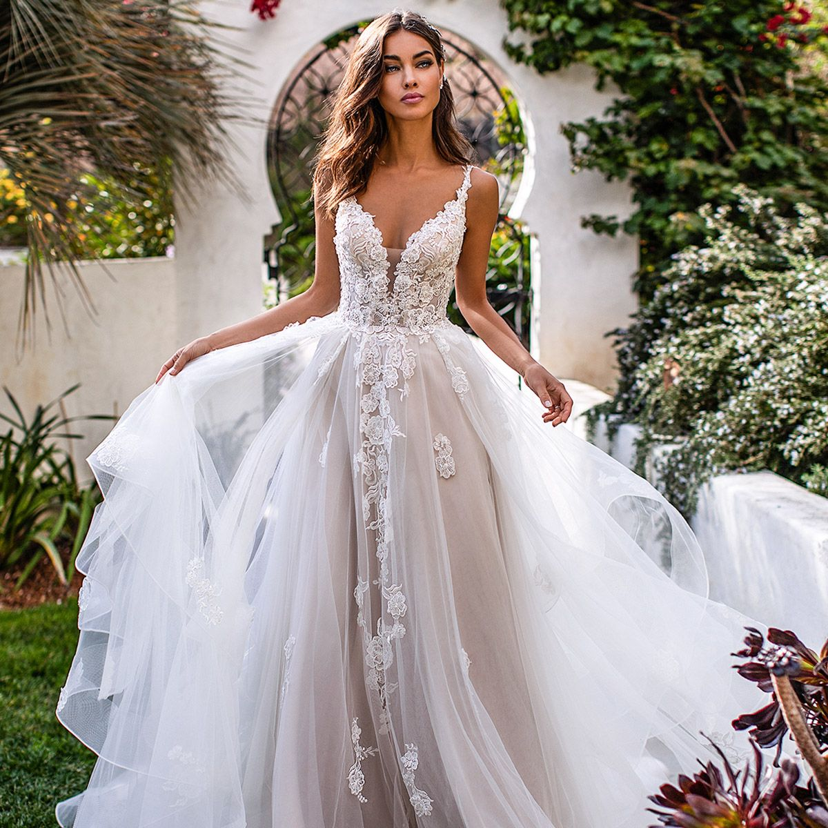 Most Popular Wedding Dresses On Our Pinterest This Year Wedding Inspirasi In 2020 Backless Wedding Dress Wedding Dresses 3d Flowers Backless Wedding