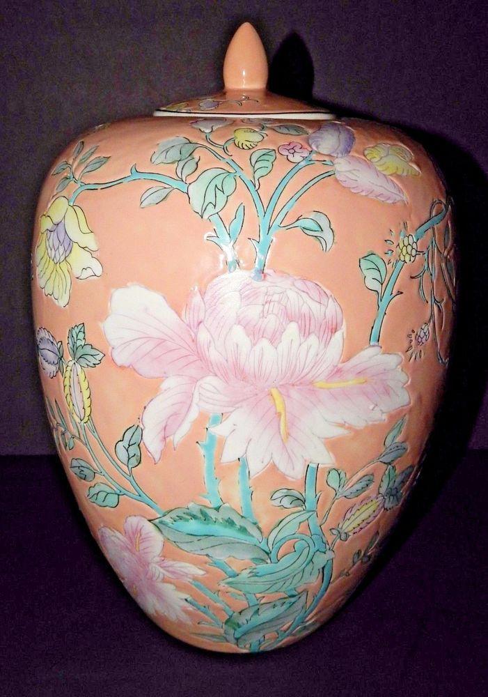 Multi Colored Pink Lotus Floral Pattern Macau Porcelain Chinese