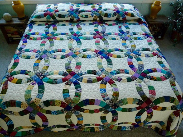 Handmade and Patchwork Double Wedding Ring Quilt Wedding