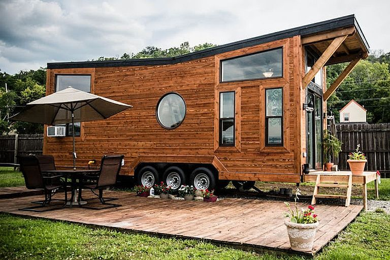 Wheellife Tiny Homes Call Their 28 Foot Industrial The Taj Mahal Of Tiny Houses And No That S Tiny House Towns Tiny Houses For Rent Two Bedroom Tiny House
