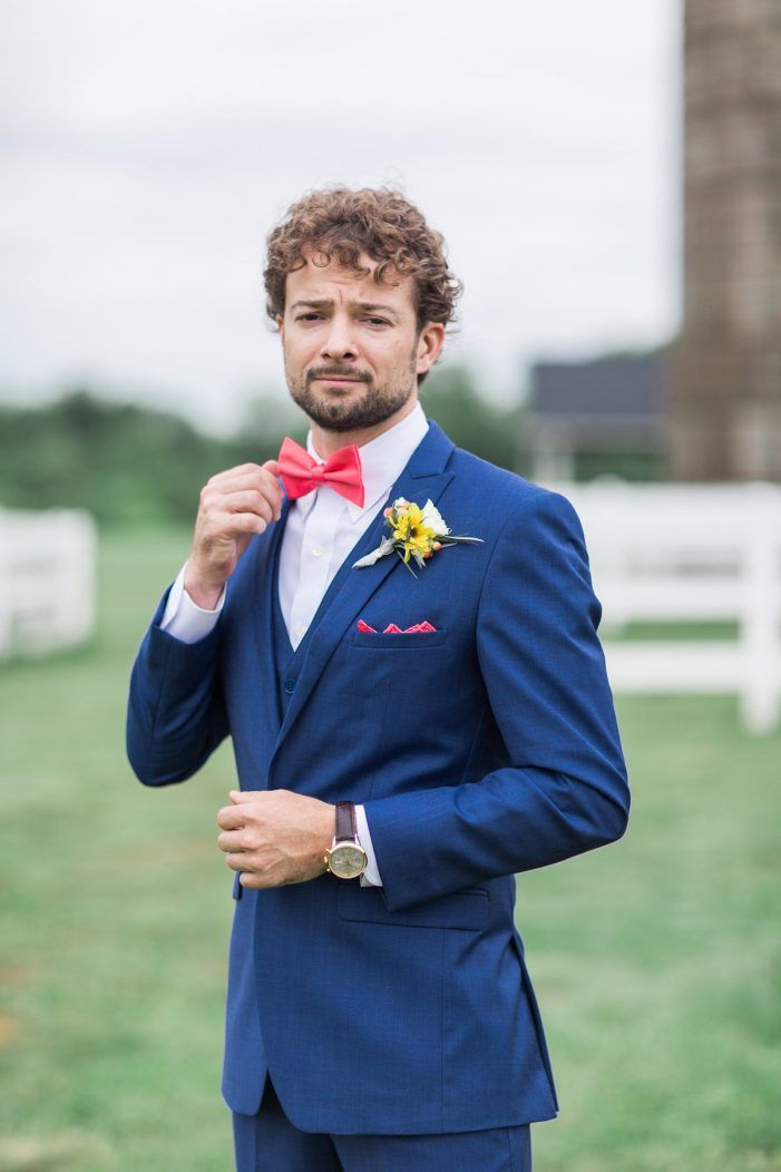Navy Blue Groom S Suit With Coral Pink Bowtie Sunflower Boutonniere Lieb Photographic Bran Sunflower Wedding Blue Groomsmen Suits Groom And Groomsmen Style