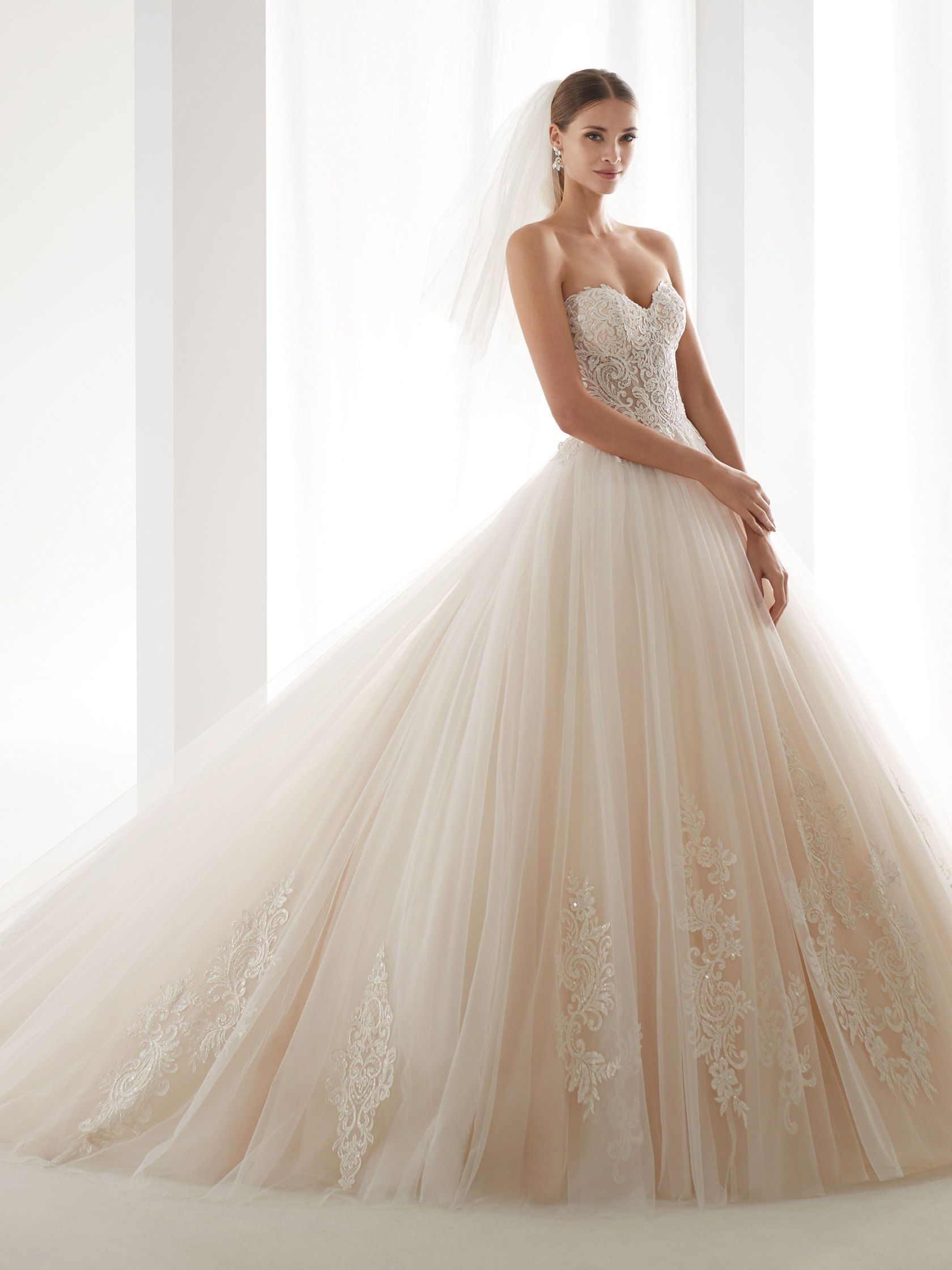 miglior sito sconto in vendita a basso costo abito da sposa ampio 2019 nicole spose collezione aurora ...