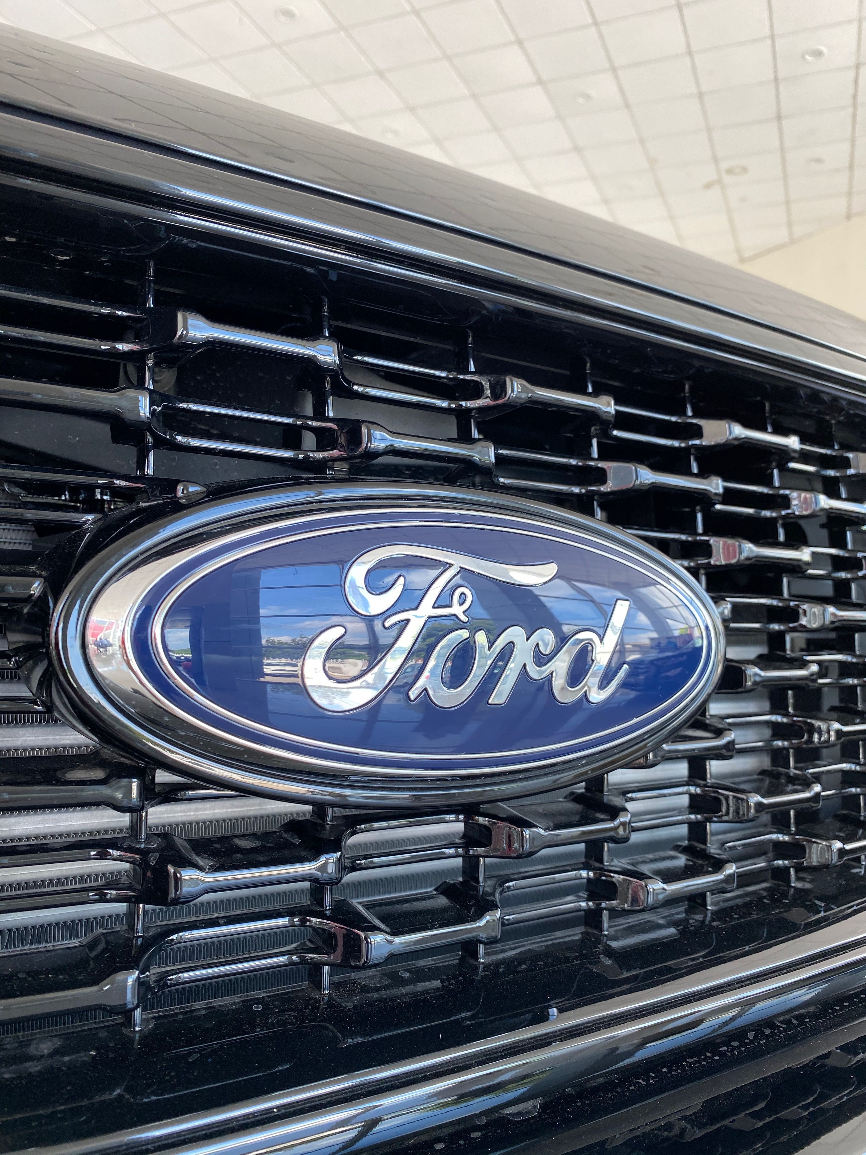 Ford Endeavour Sport 4wd Everest 41 Lakh Real Life Review In 2021 Ford Endeavour Ford Ford Motor Company