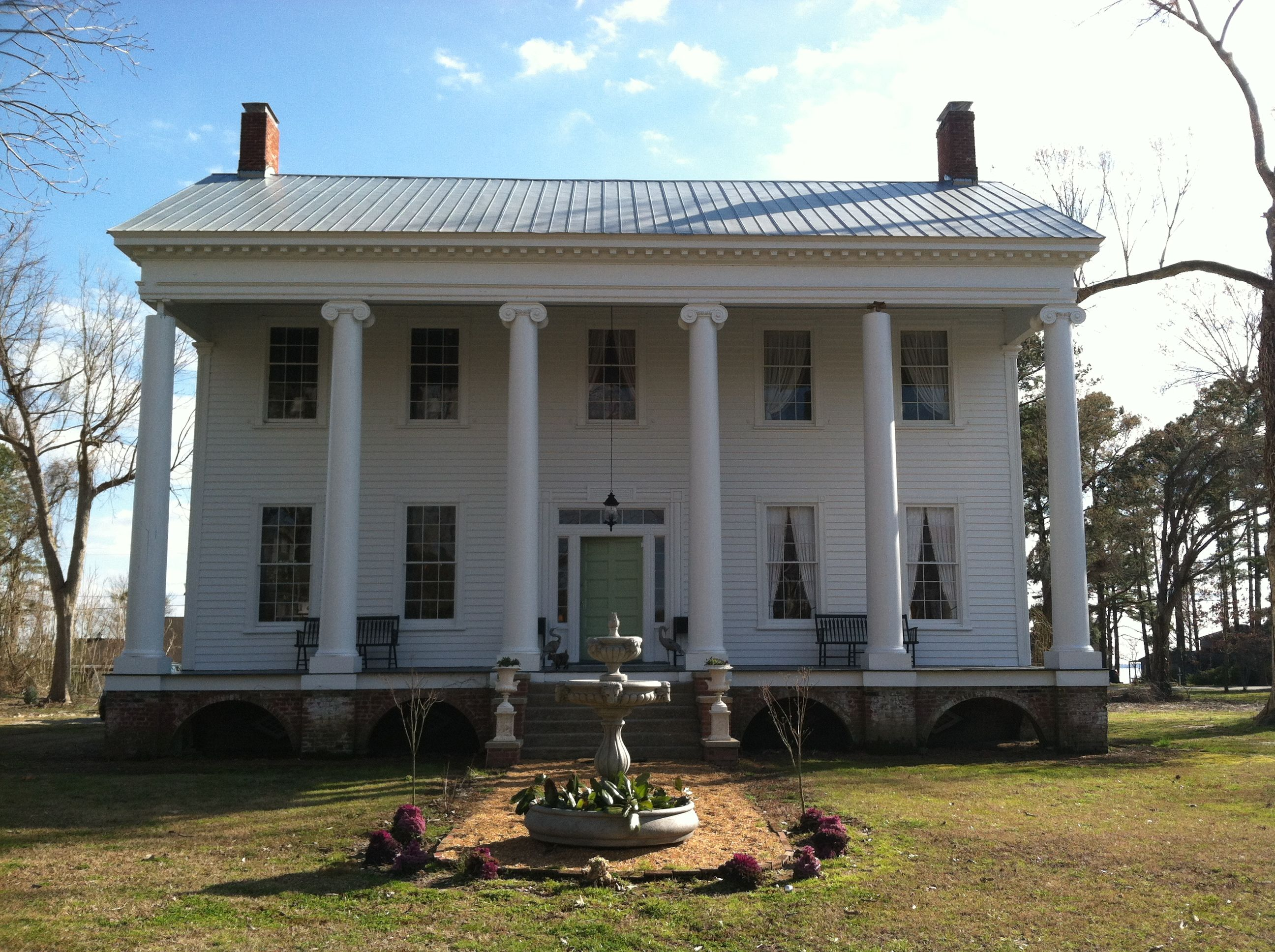 Athol plantation edenton nc greek revival homes for Plantation columns