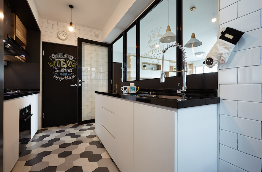 Kitchen Design Ideas From These 13 Hdb Homes In 2019 Home Decor