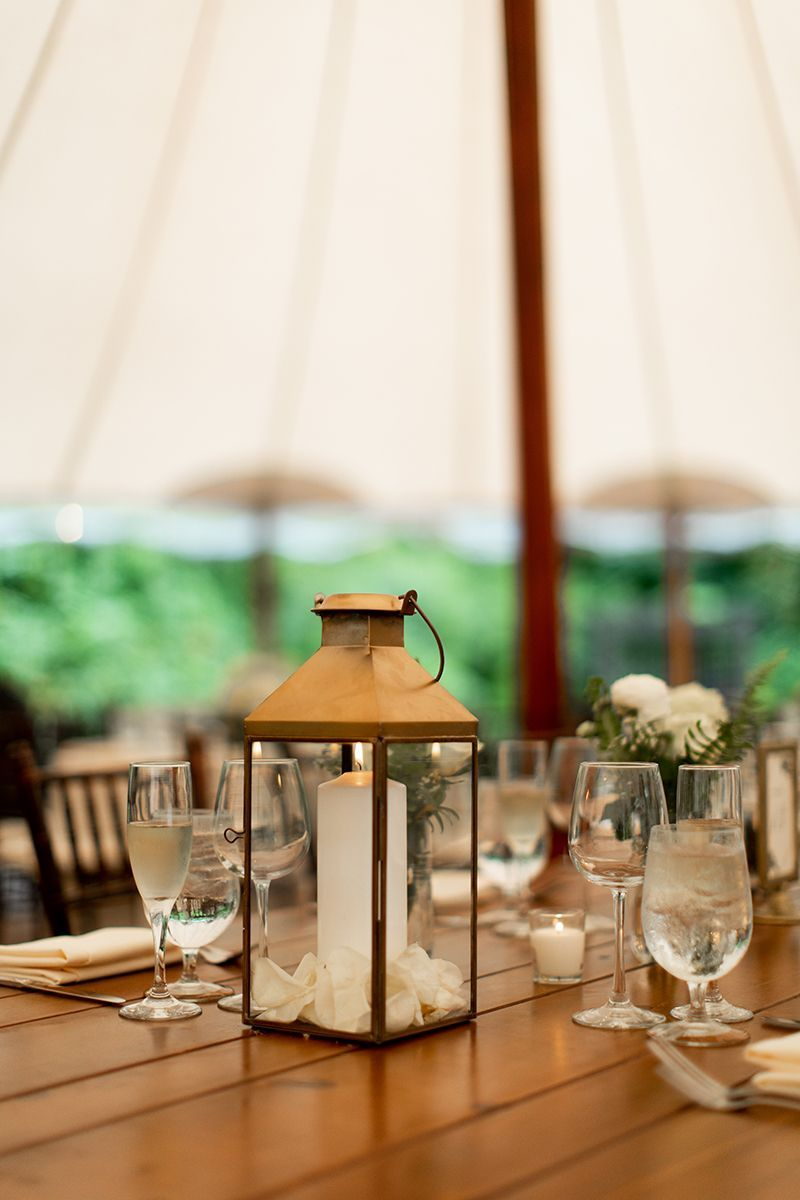 Simple summer wedding table centerpiece gold candle