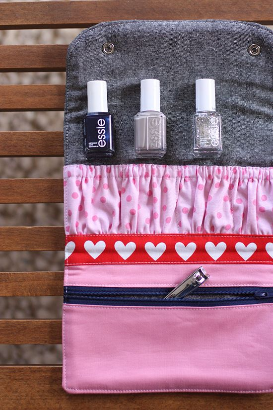40111912d A DIY Manicure Wallet | Necesser de necessitat | Blogs de costura ...