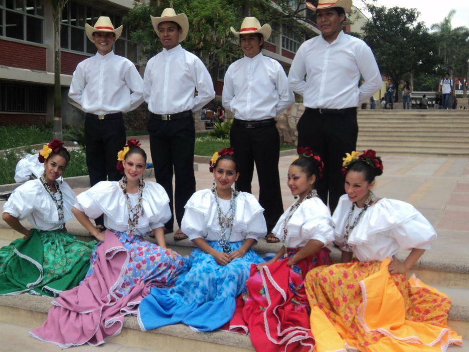 Resultado de imagen para traje tipico honduras niños
