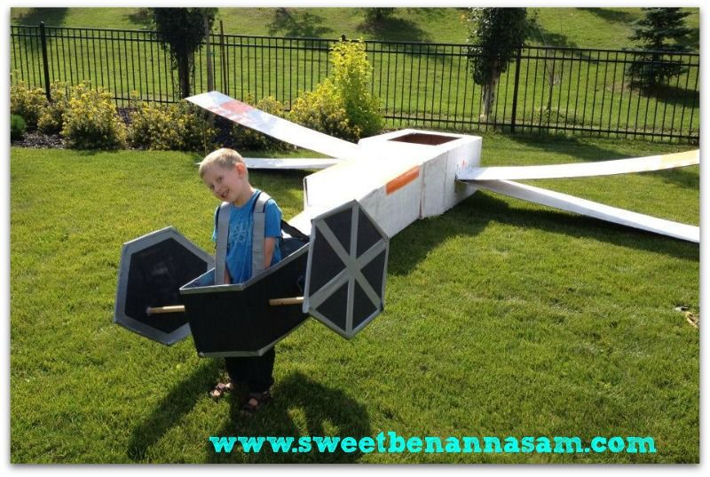 LEGO Star Wars Party tie fighter is so AWESOME!!!