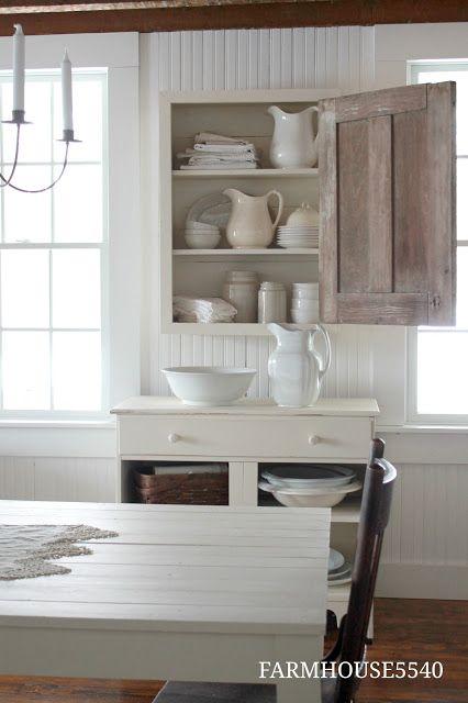 simple farmhouse dining room