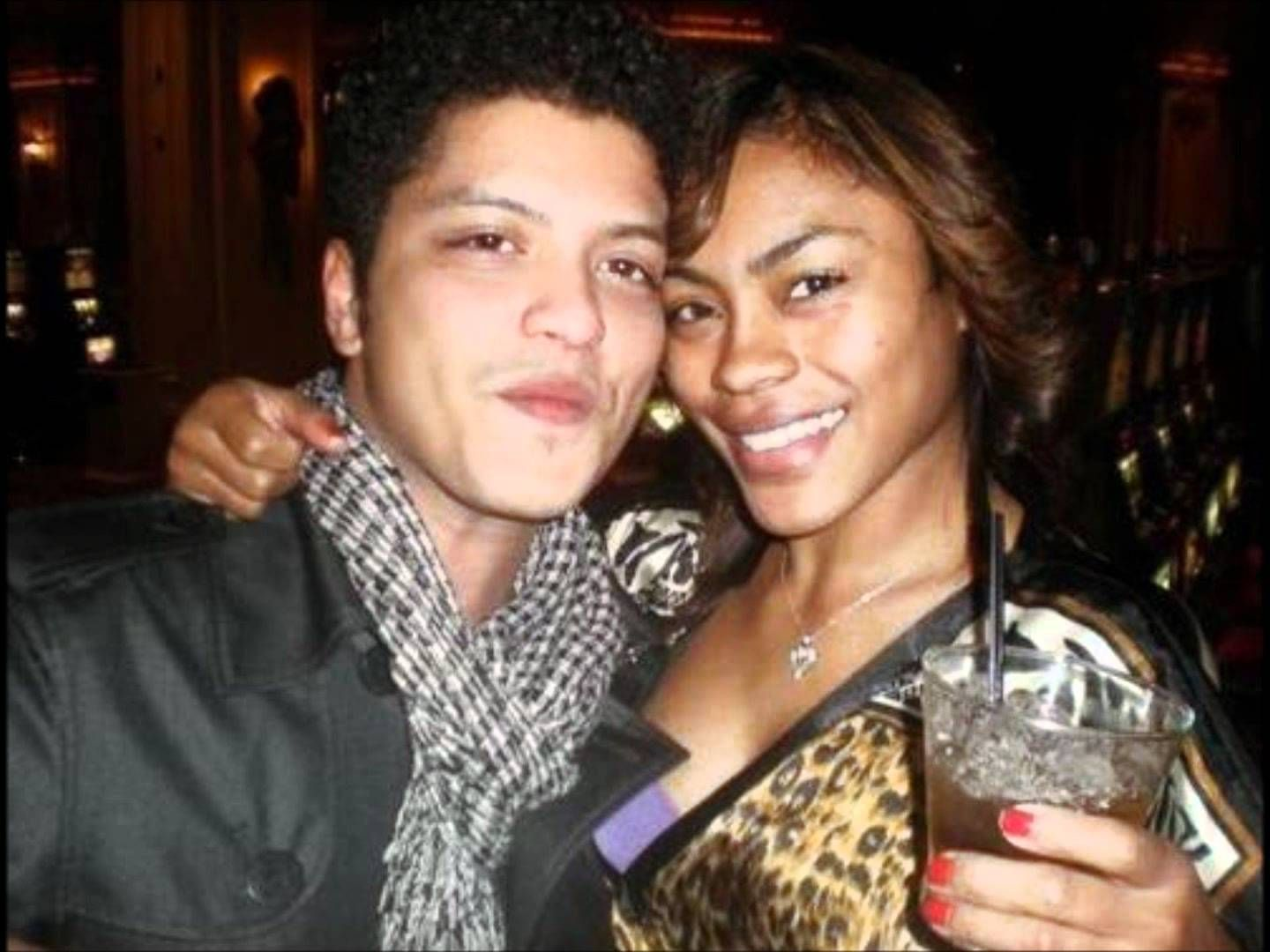 View bigger bruno mars ethnicity for android screenshot - Bruno And His Girlfriend