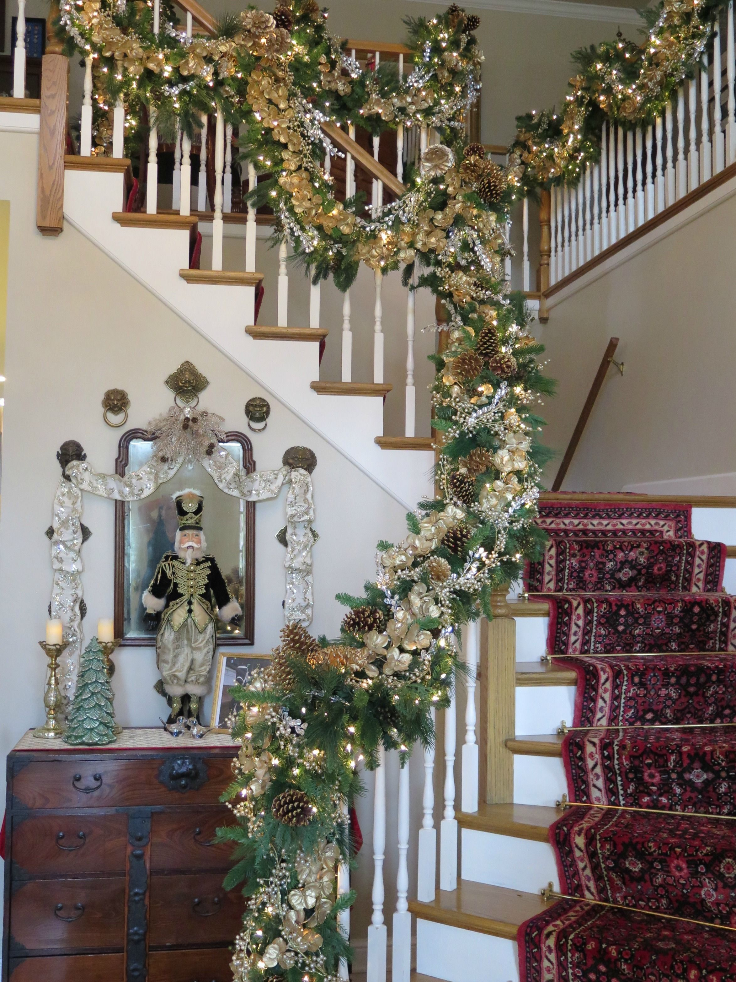 The Ultimate Holiday Decor Challenge Christmas Stairs