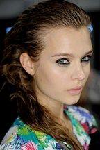 Eye Makeup Tips - Ideas, Tutorials, Reviews & Trends (Vogue.co.uk)