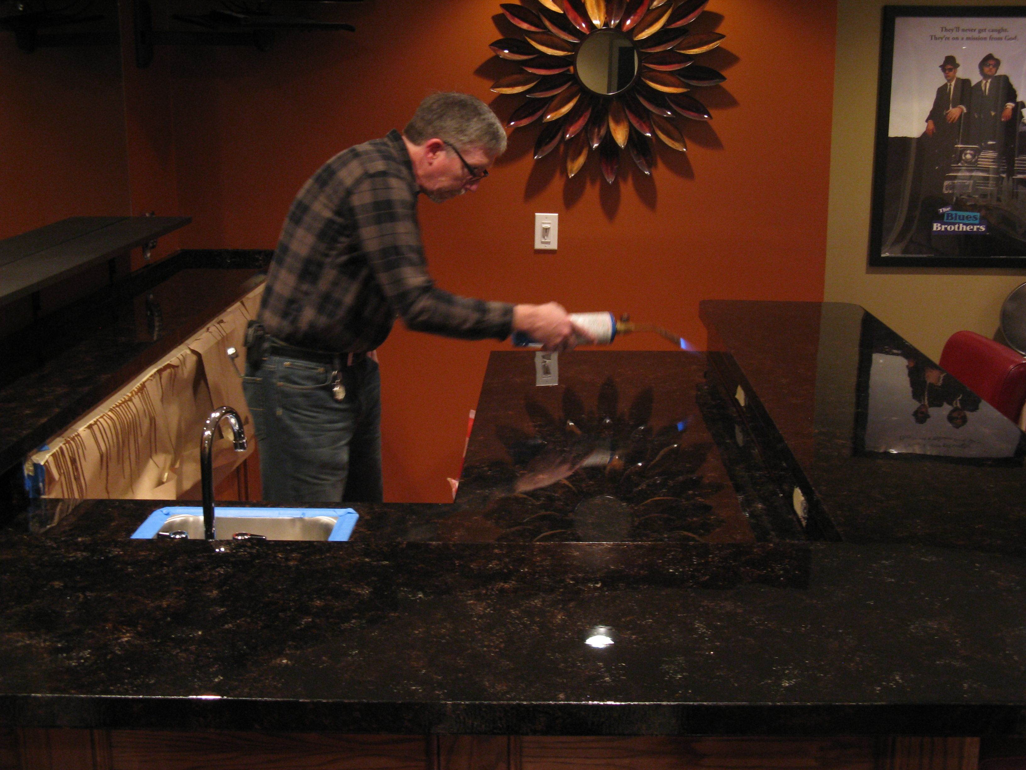 Envirotex Lite Pour On Bar Top ! Iu0027m Thinking Melomine Paint With Envirotex  On Top To Give It Granite Finish?