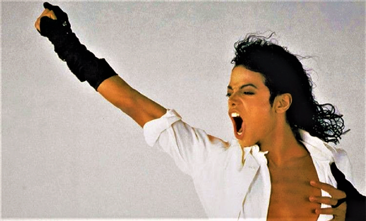 By request! ♥ Enjoy fellow Moonwalkers. (Scan from my collection)