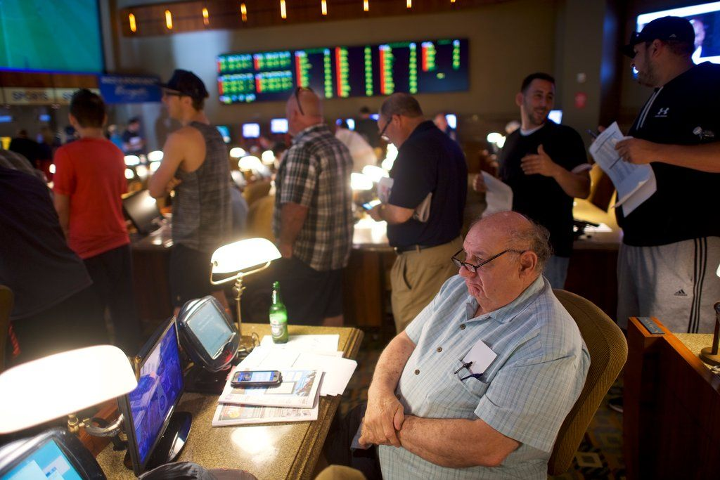 You Can Now Place Sports Bets (Legally) in New Jersey