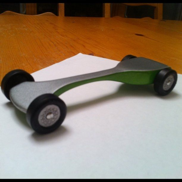The Science Behind Making the Fastest Possible Pinewood Derby Car ...