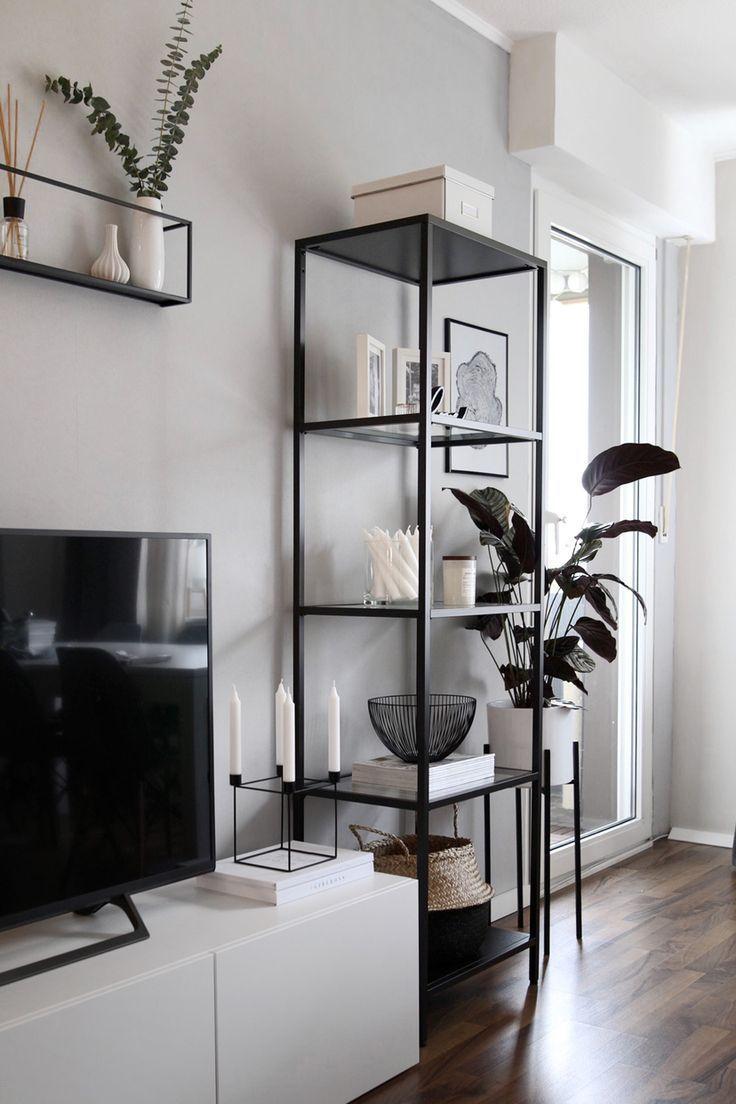 wohnzimmer inspo | skandinavisches Dekor, Pflanzen, schwarz-weiß - Rock. Paper. Glam. | Fashion - Dekoration #roominspo