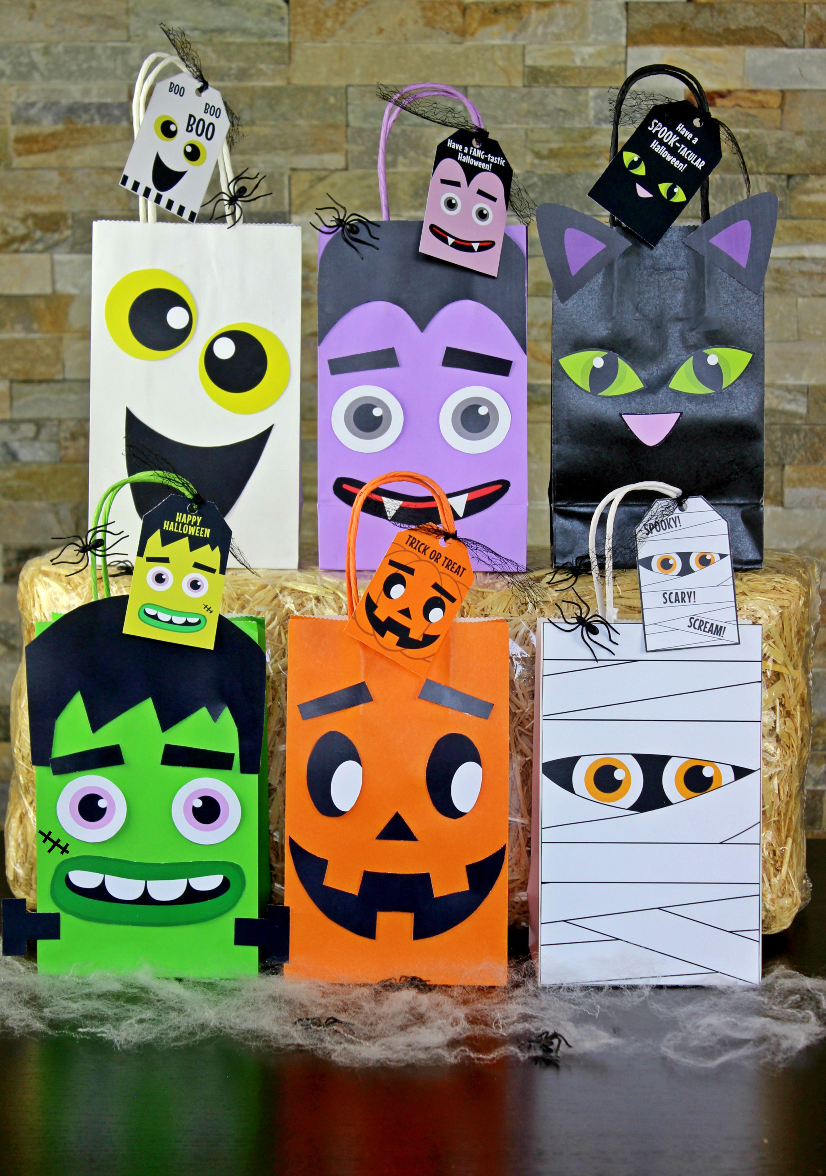 diy halloween party favor bags. simply download, print, cut and