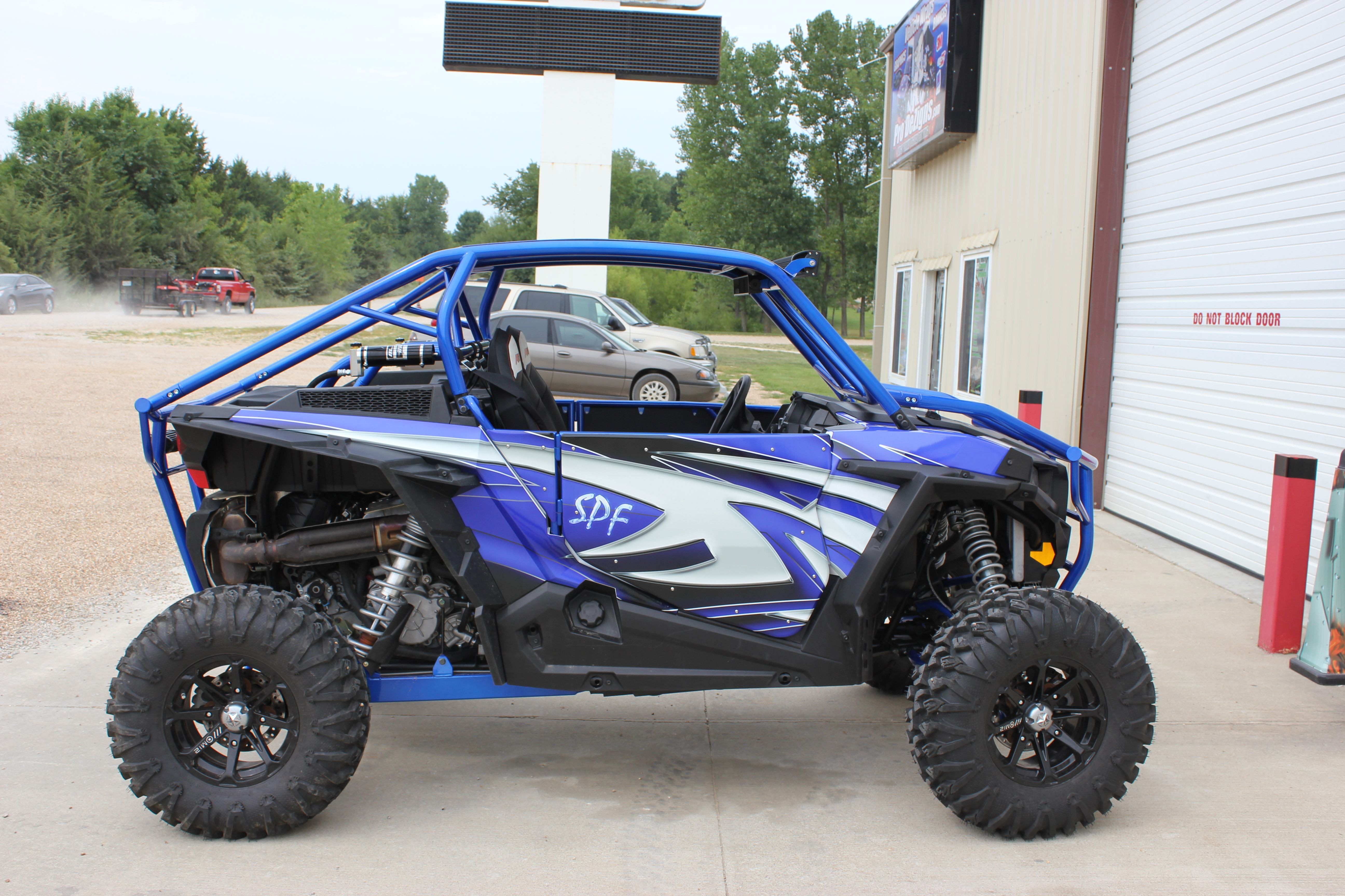Custom vehicle wraps by prodezigns serving lake of the