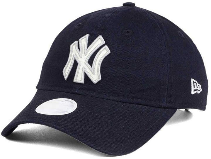 4fb04daf67702 New Era Women s New York Yankees Team Glisten 9TWENTY Cap