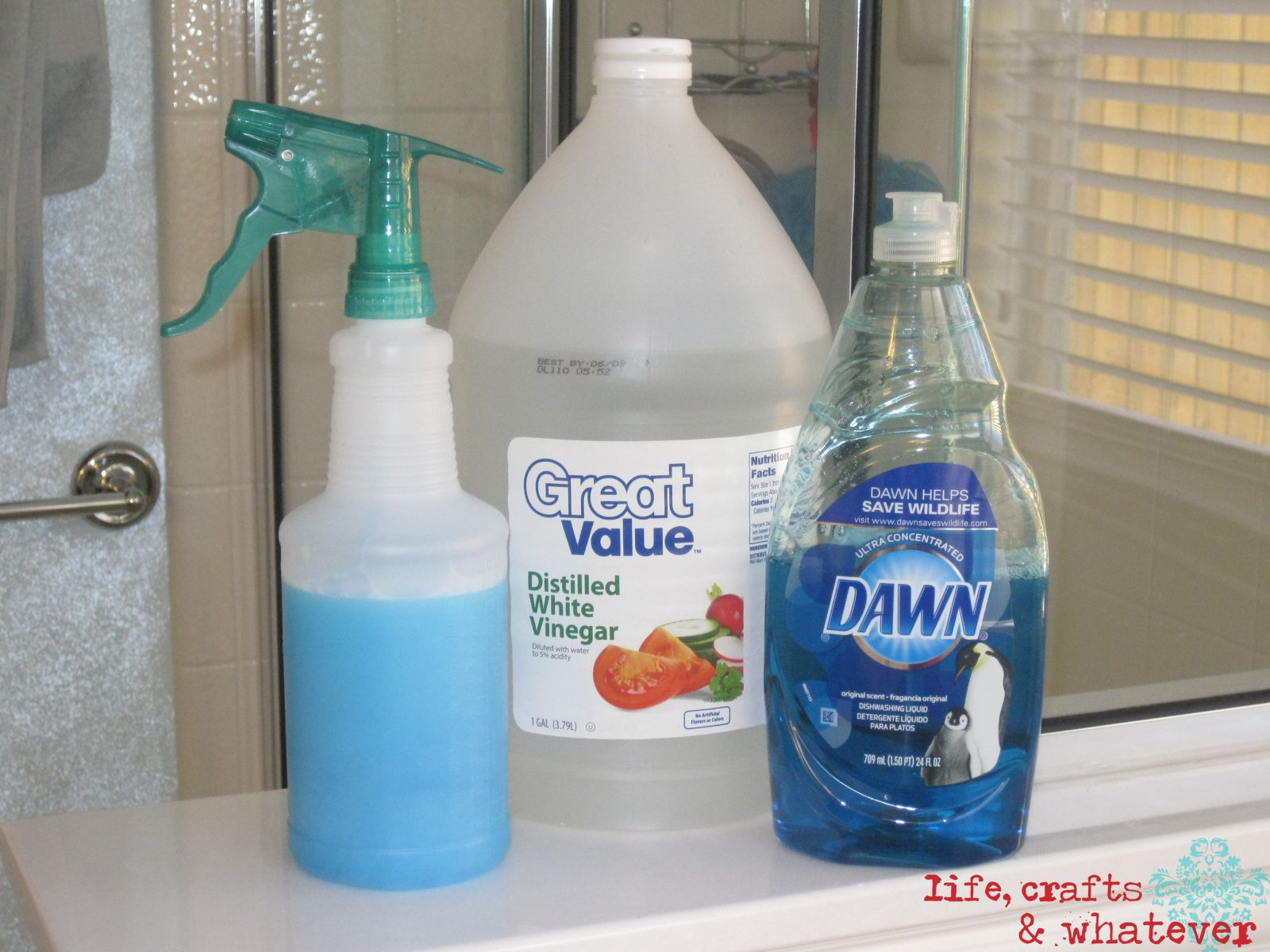 Clean Soap Scum On Shower Doors Using Dawn Original Dish