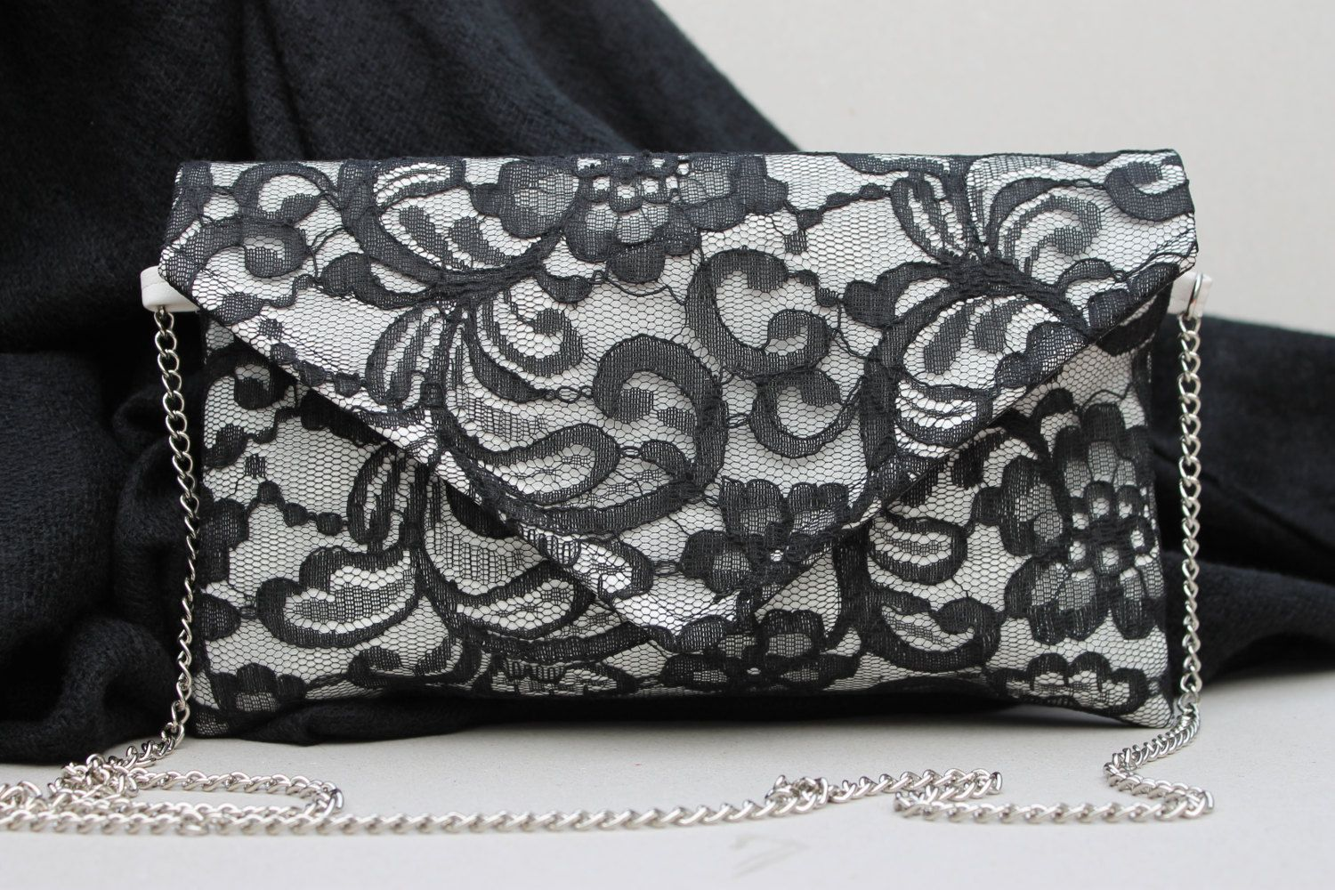 2f461071f89 Tas, clutch, handtas lederlook met kant, avondtas, gala tas,kleine tas,dames  tas met zwart kant, crossbodytas, bag with lace, eveningbag. door ...