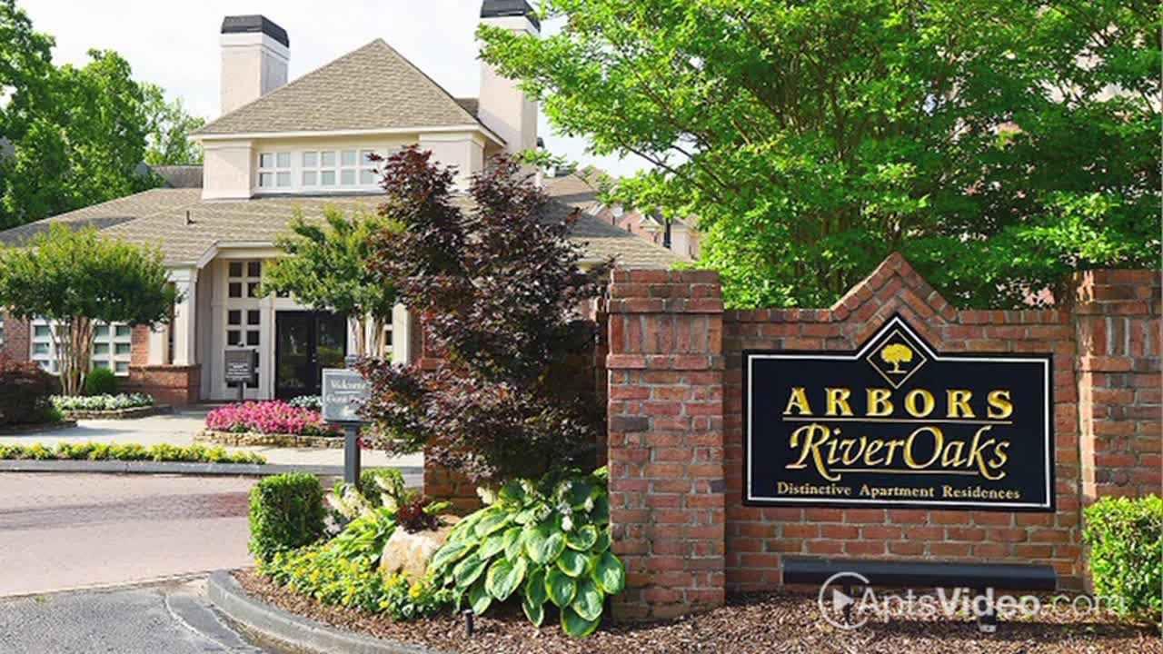 Arbors River Oaks Apartments For Rent in Memphis