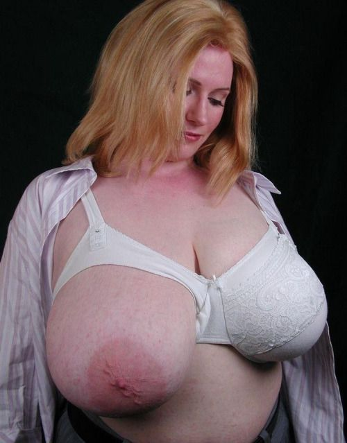Heavy Tits A Nice Fat Titty Hanging Out Of A Nursing Bra Nursing Bras Turn Me On So Fucking Much