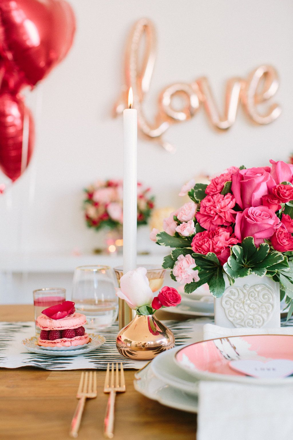 Fun and flirty valentines day dinner date flowers by