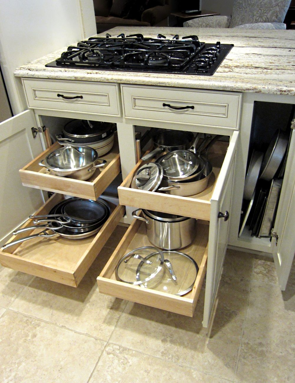 Pull Out Drawers Under Stove For Pots And Pans Kitchen Renovation Design Kitchen Drawers Kitchen Drawer Organization