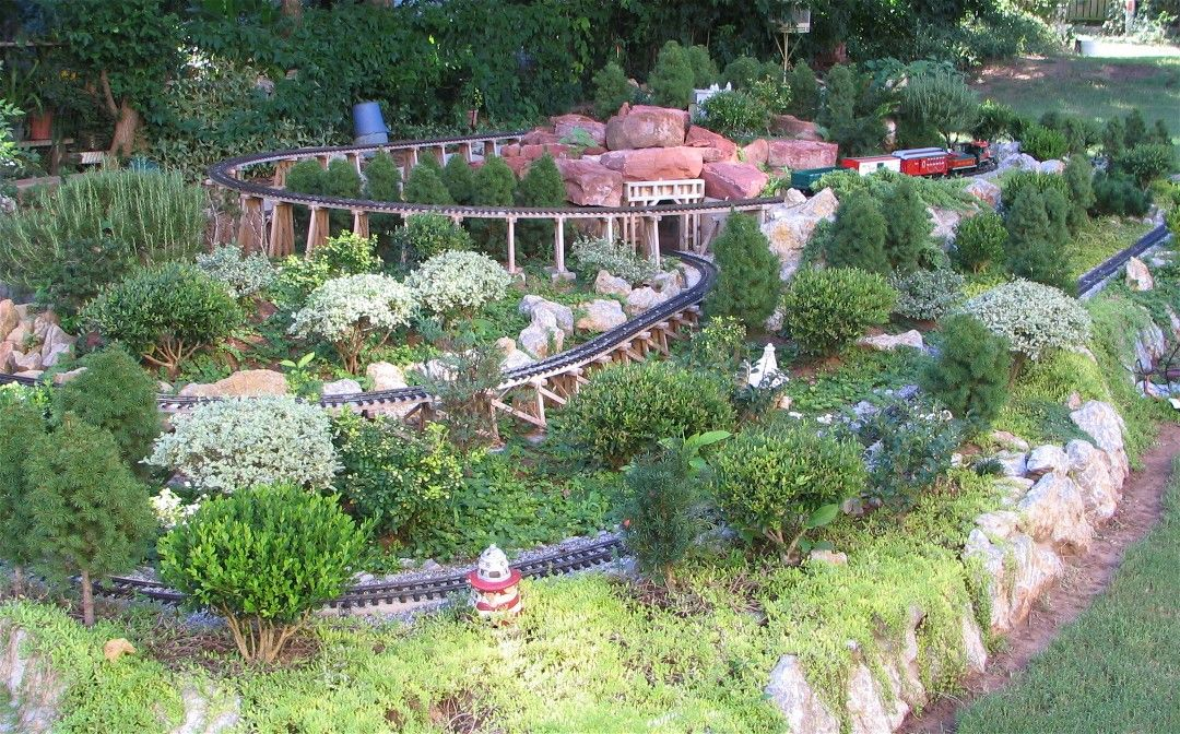 Top 25 ideas about Garden Trains Model Railroading on Pinterest