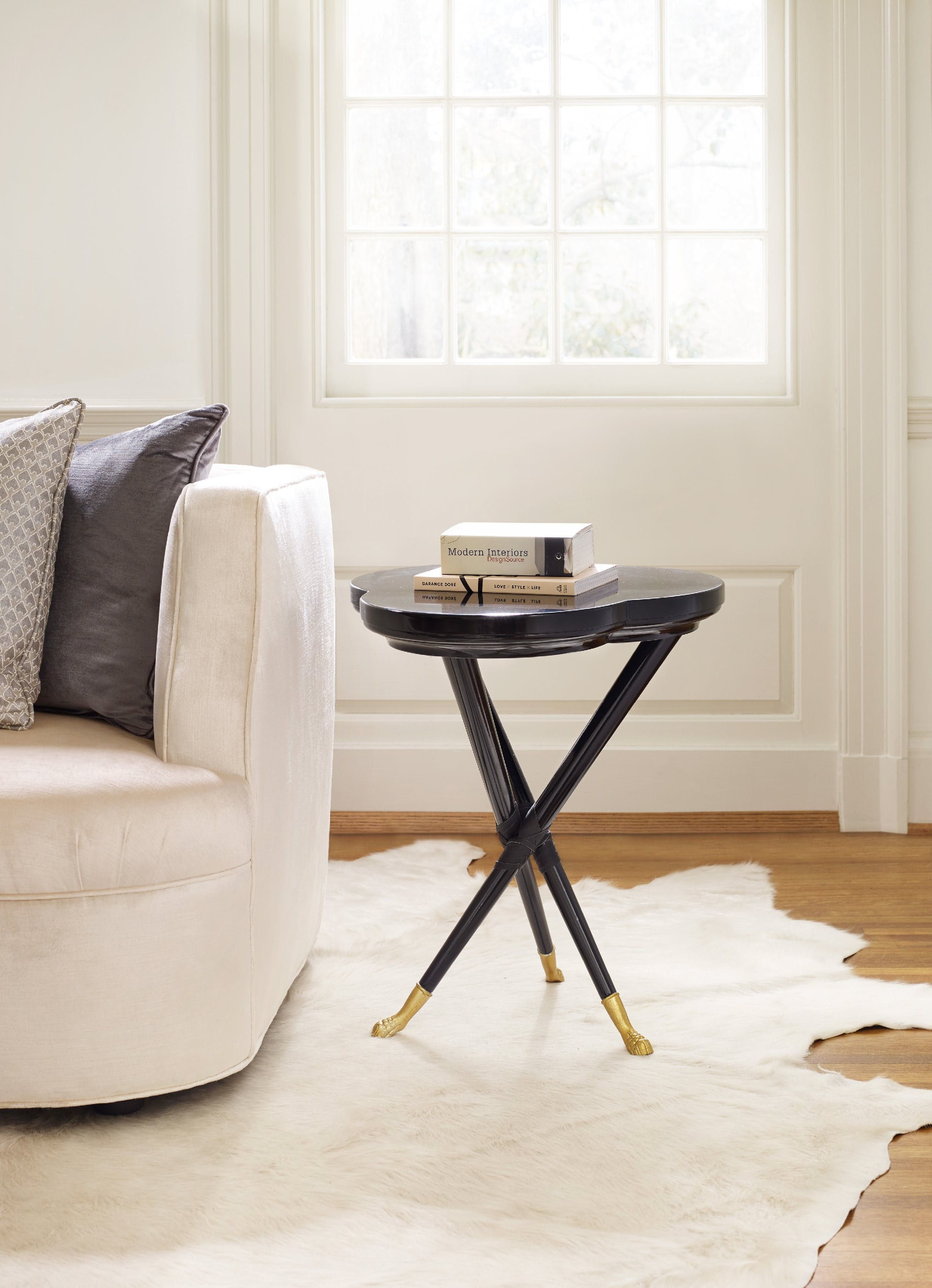 Cynthia Rowley for Hooker Furniture Lucky Clover Accent Table 1586