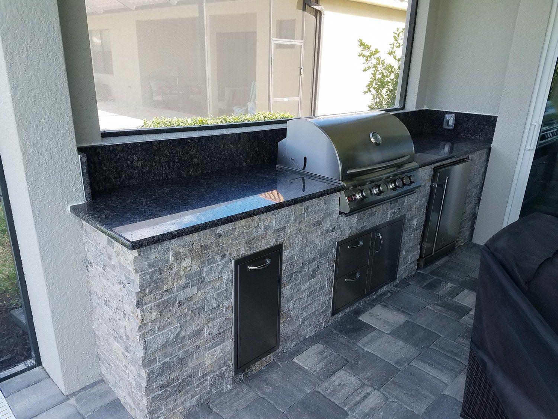 Outdoor Kitchen Silver Travertine Elegant Outdoor Kitchens Outdoor Kitchen Outdoor Travertine