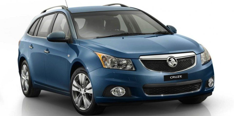2013 Holden Cruze wagon makes Australian debut (With